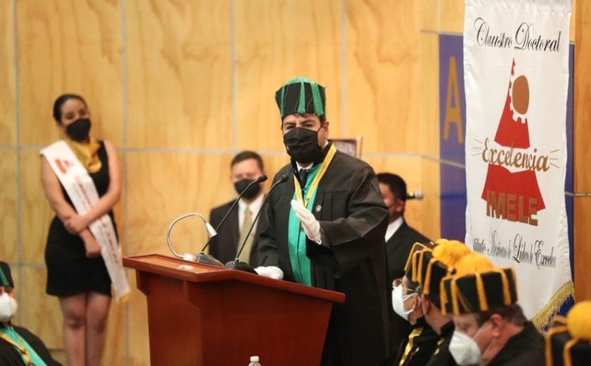 Por su liderazgo, conceden el Honoris Causa a Eduardo Ramírez